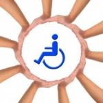 9801039-conceptuel-image-l-aide-et-de-soins-pour-personne-handicapee-mains-faisant-un-cercle-sur-fond-blanc-.jpg